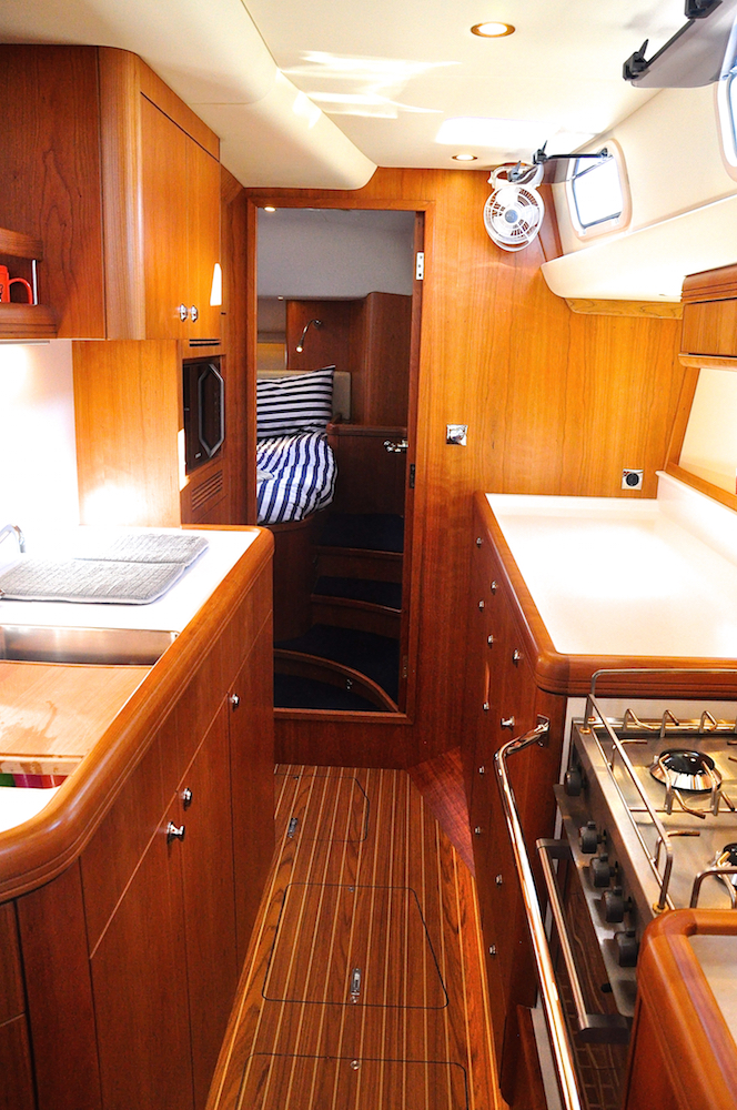Galley Discovery 55 Mark 2 | Cruising Attitude Sailing Blog - Discovery 55