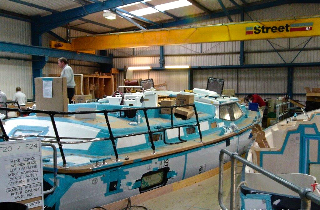 Stern rail installation | Cruising Attitude Sailing Blog - Discovery 55