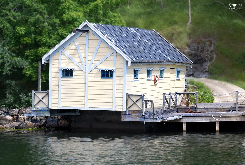 Skurusundet - Cruising Attitude Sailing Blog | Discovery 55