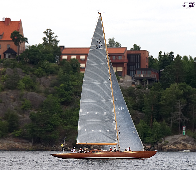 Stockholm - Fjäderholmarna -Cruising Attitude Sailing Blog | Discovery 55